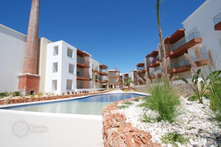 Apartments for sale in Portugal. Apartment – Portimao, Faro, Portugal