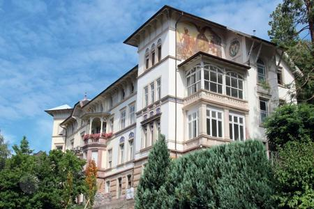 3 bedroom apartments for sale in Baden-Wurttemberg. Classic-style apartment in one of the oldest houses in Baden — Baden, Germany