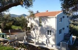 Residential for sale in Tomba. Townhome – Tomba, Bar, Montenegro