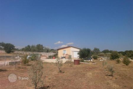 Houses for sale in Vodnjan. House Legalized house on a large plot