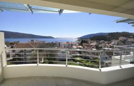 Penthouse with a terrace overlooking the sea in a new house with a parking, Herceg-Novi, Montenegro for 375,000 €