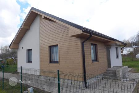 Property from developers for sale in Jurmalas pilseta. A family house for sale in Jurmala. Floor area 85 sqm, land plot 500 sqm, with a full finish, garden and off-street parking