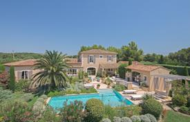 4 bedroom houses for sale in Bouches-du-Rhône. Alpilles — Wonderful property