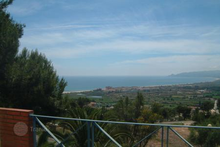 3 bedroom houses for sale in L'Estartit. Villa – L'Estartit, Catalonia, Spain