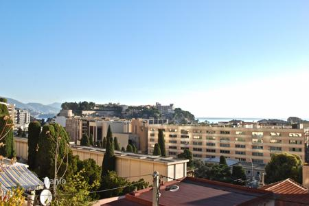 Residential for sale in Cap d'Ail. Nice investment! house divided into apartments at a couple steps of Monaco