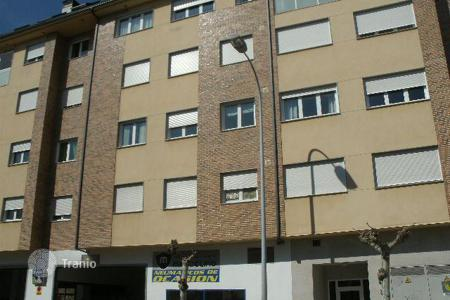 Cheap property for sale in Ponferrada. Apartment – Ponferrada, Castille and Leon, Spain