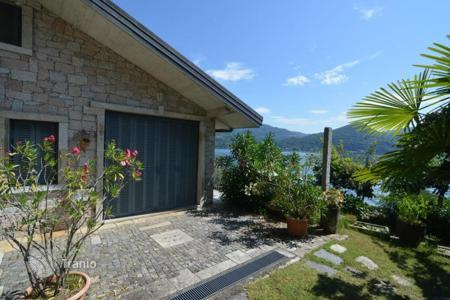 2 bedroom houses for sale in Maggiore (Italy). Villa – Stresa, Piedmont, Italy