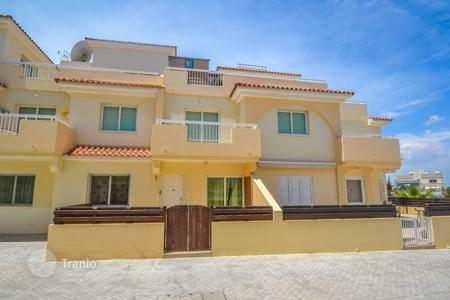 Cheap 2 bedroom apartments for sale in Famagusta. Ground floor 2 Bedroom Apartment with Title Deeds