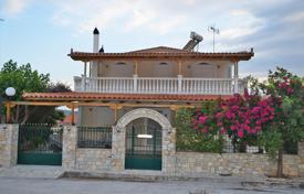6 bedroom houses for sale in Administration of the Peloponnese, Western Greece and the Ionian Islands. Detached house – Loutraki, Administration of the Peloponnese, Western Greece and the Ionian Islands, Greece