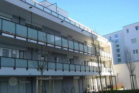 3 bedroom apartments for sale in Baden-Wurttemberg. Spacious 4-room penthouse in a new building in the center of Weil am Rhein