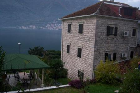 Luxury residential for sale in Kotor. Luxurious, spacious house in Dobrota, built to please the most demanding buyers