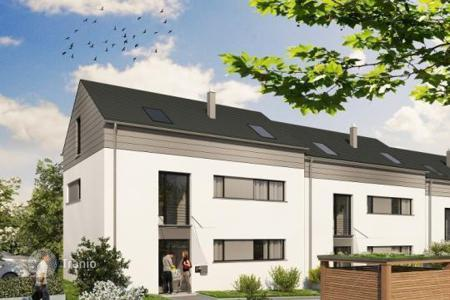 Residential for sale in Baden-Wurttemberg. A three-storey townhouse in a new complex in the prestigious area of Freiburg, Germany