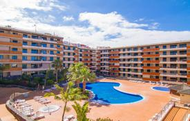 Apartments with pools for sale in Tenerife. Beautiful apartment in a modern residential complex in Tenerife