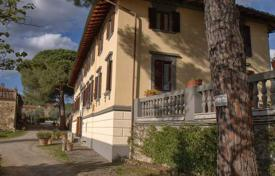 Luxury property for sale in Castellina In Chianti. Villa – Castellina In Chianti, Tuscany, Italy