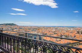 Luxury 3 bedroom apartments for sale in Côte d'Azur (French Riviera). Nice, magnificent prestigious top floor apartment of 228 m² in Cimiez