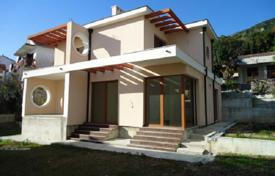 Houses for sale in Denovici. Villa 50 m from the beach in Djenovici, Montenegro. Great investment opportunities!