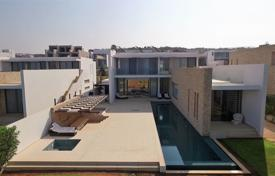 5 bedroom houses by the sea for sale in Paphos (city). Luxury Bedroom Villa, Exclusive Location — St Georges Bay