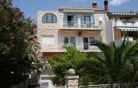 Property for sale in Dalmatia. Furnished villa with a private garden, a parking and a sea view, Makarska, Croatia