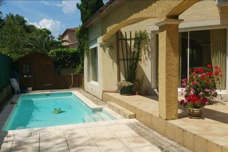 Property for sale in Languedoc - Roussillon. Villa - Montpellier, Languedoc - Roussillon, France