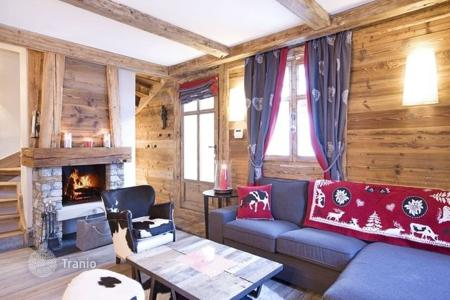 Villas and houses to rent in Saint-Bon-Tarentaise. Villa - Saint-Bon-Tarentaise, Auvergne-Rhône-Alpes, France