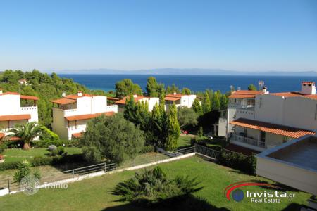 Coastal townhouses for sale in Pallini. Terraced house – Pallini, Administration of Macedonia and Thrace, Greece