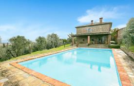 Traditional farm with a pool and a garage in Monte San Savino, Tuscany, Italy for 890,000 €