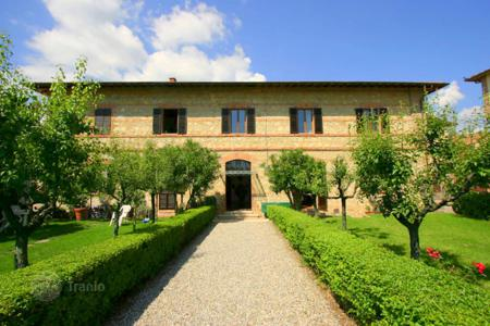 1 bedroom apartments for sale in Tuscany. Apartment – Castelnuovo Berardenga, Tuscany, Italy