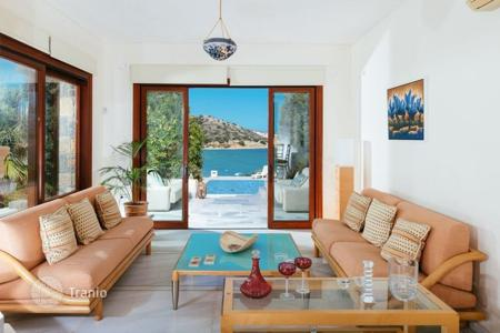 4 bedroom villas and houses by the sea to rent in Greece. Villa - Crete, Greece