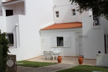 Houses for sale in Quarteira. Villa – Quarteira, Faro, Portugal
