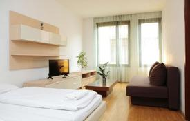 1 bedroom apartments for sale in Hungary. Two-room apartment in a beautiful house, Budapest, Hungary