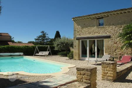 Property for sale in Cabrières-d'Aigues. Close to Lourmarin — House village