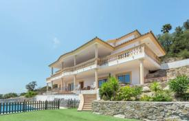 5 bedroom houses for sale in Gerona (city). New villa with a pool, a veranda and a garden, overlooking the sea, in the prestigious area of Mas Nou, Castell Platja d'Aro, Spain