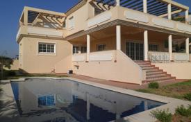 Cozy villa with a plot, a pool, a garage and a terrace, Benalmadena, Spain for 790,000 €