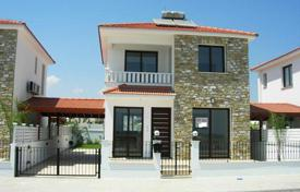 Three bedroom detached house at Pyla's outskirts. There is space for a… for 265,000 €