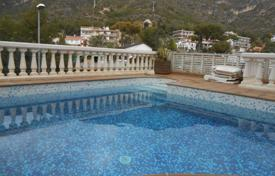 3 bedroom houses for sale in Castelldefels. Villa – Castelldefels, Catalonia, Spain