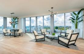 Penthouse with an elevator, a roof-top terrace with a pool and panoramic views in a full-service residence with a private beach, Miami Beach for 10,900,000 $