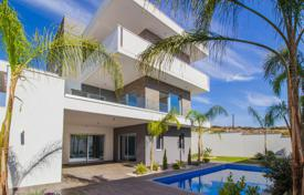 Houses with pools by the sea for sale in Mouttagiaka. Villa – Mouttagiaka, Limassol, Cyprus