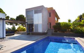 3 bedroom houses by the sea for sale in Catalonia. Villa – Sant Pol de Mar, Catalonia, Spain
