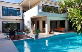 4 bedroom houses by the sea for sale in Sitges. Villa – Sitges, Catalonia, Spain