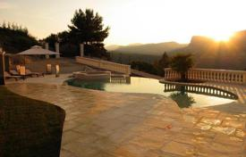 6 bedroom houses for sale in Provence - Alpes - Cote d'Azur. Detached house – Nice, Côte d'Azur (French Riviera), France