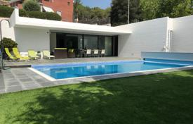 Charming villa near the sea in Arenys de Mar, Barcelona, Spain for 670,000 €