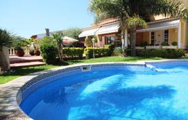 5 bedroom houses for sale in Premià de Dalt. Immaculate house in a residential area, Premia de Dalt
