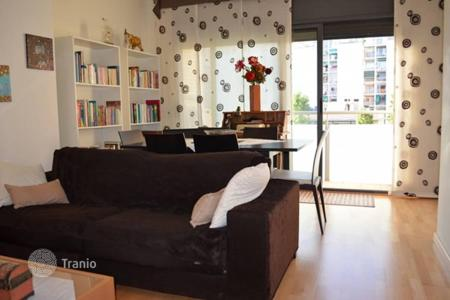 Cheap 2 bedroom apartments for sale in Barcelona. 3-bedroom apartment with terrace in 1 km to beach promenade, Barcelona, Spain