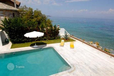 Luxury 4 bedroom houses for sale in Administration of the Peloponnese, Western Greece and the Ionian Islands. Villa - Administration of the Peloponnese, Western Greece and the Ionian Islands, Greece