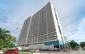 Condo – North Bayshore Drive, Miami, Florida,  USA for $620,000