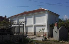 Cheap houses for sale in Bulgaria. Villa – Sandanski, Blagoevgrad, Bulgaria