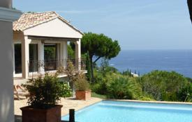 Luxury property for sale in Sainte-Maxime. Superb Mediterranean villa with pool, garden and breathtaking sea views close to the beach and golf club in Sainte-Maxime, Cote d'Azur