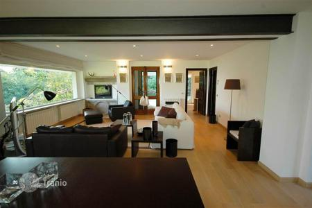 1 bedroom houses for sale in Italy. Contemporary detached house in mint condition in Baveno with Maggiore lake views