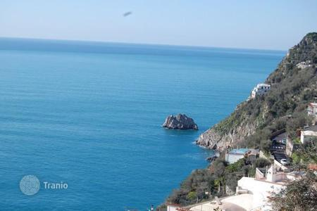 Property for sale in Praiano. Panoramic apartment in Praiano