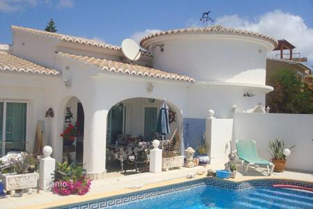2 bedroom houses for sale in Cumbre. Villa of 2 bedrooms with private pool, terrace and BBQ area in Benitachell